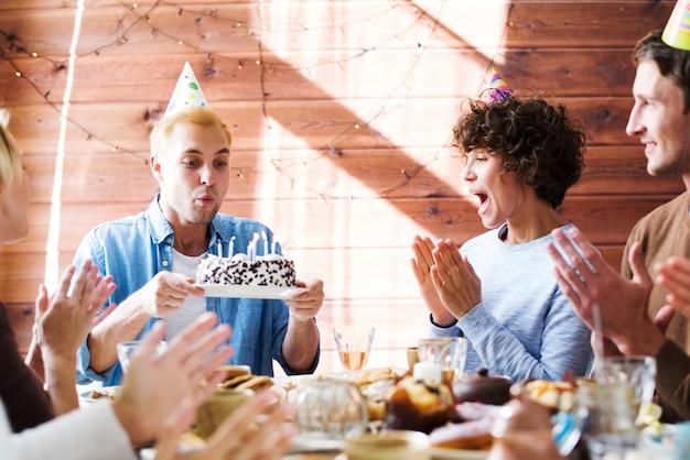 Festa di buon compleanno
