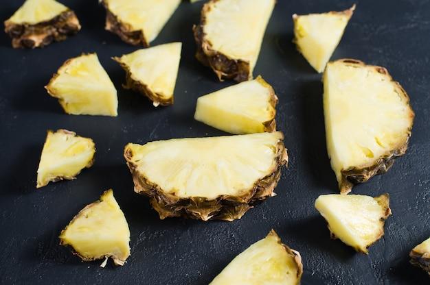 Fette di ananas