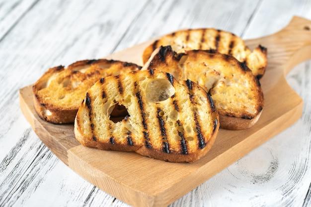 Fette di pane tostato