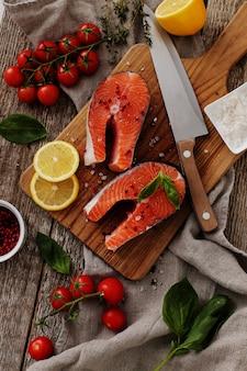 Fette di salmone, cibo sano