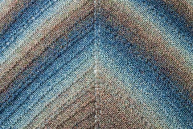 Filato di lana a maglia colorato