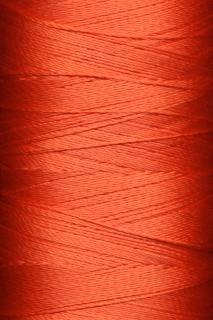 Fili di filato rosso