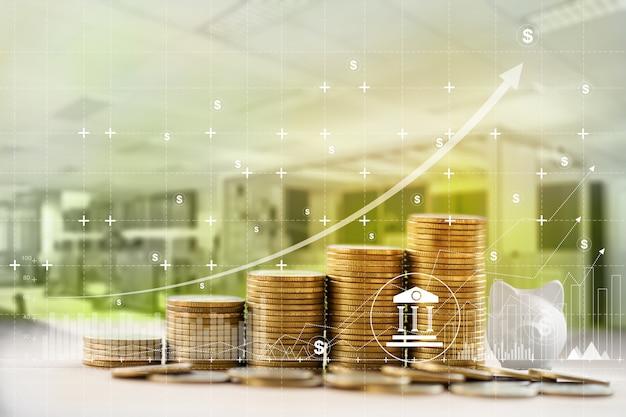 Finanza e attività bancarie / finanza e concetto di business: organizzare file di monete in aumento e grafico crescita degli investimenti aziendali sul posto di lavoro. raffigura l'investimento di denaro per guadagnare crescita.
