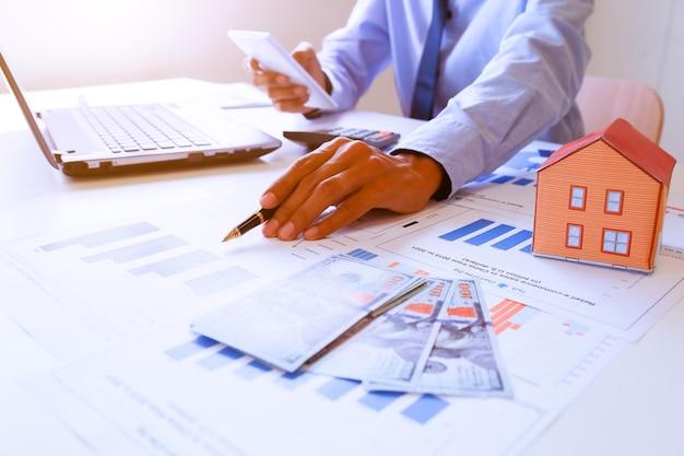 Finanziamento aziendale. concetto di attività bancarie.