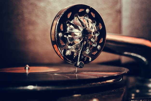 Fine antiquata del giocatore di grammofono su