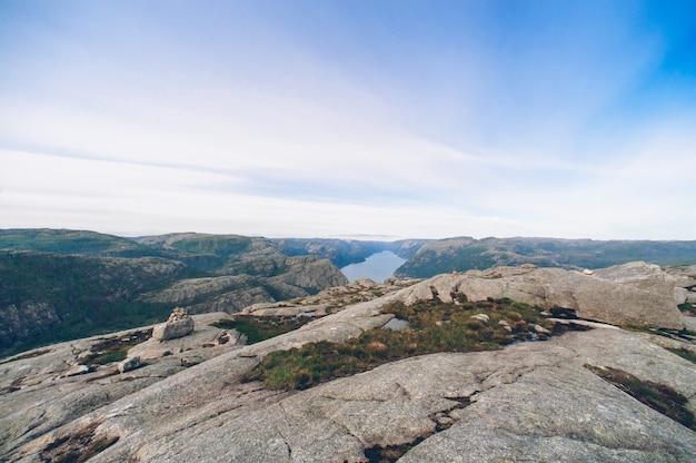 Fiordo di norvegia preikestolen