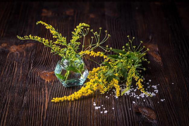 Fiori selvatici in un bouquet