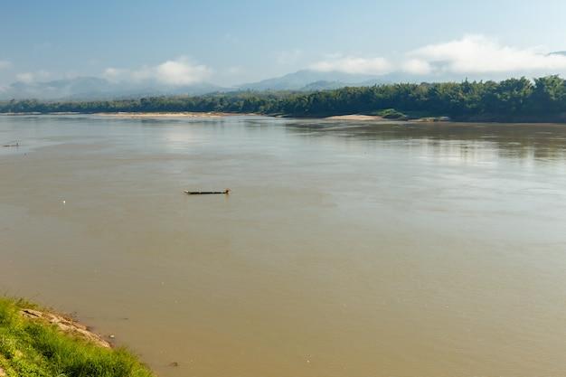 Fiume mekong, laos
