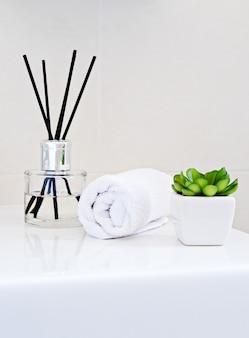 Flacone per aromaterapia con bastoncini