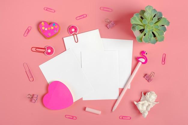 Fogli per appunti, fermagli, penna - fenicottero, sukulent, adesivi cuore, pan di zenzero, angelo