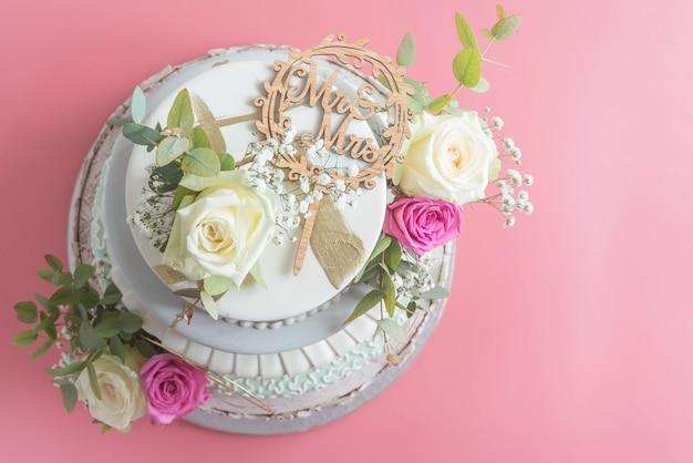 Fondente per torta nuziale