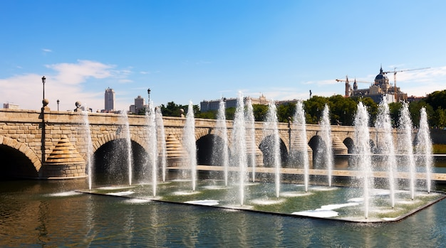 Fontane e ponti sul fiume manzanares