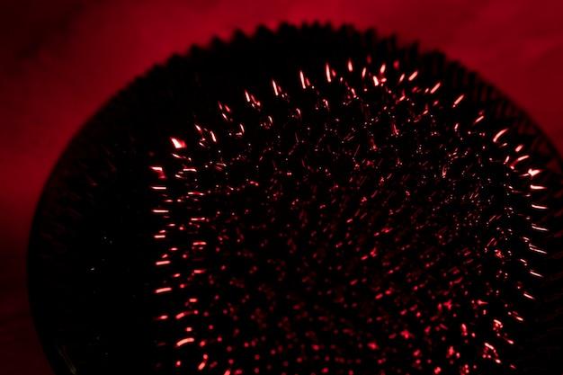 Forma astratta di alta vista del magnete al neodimio