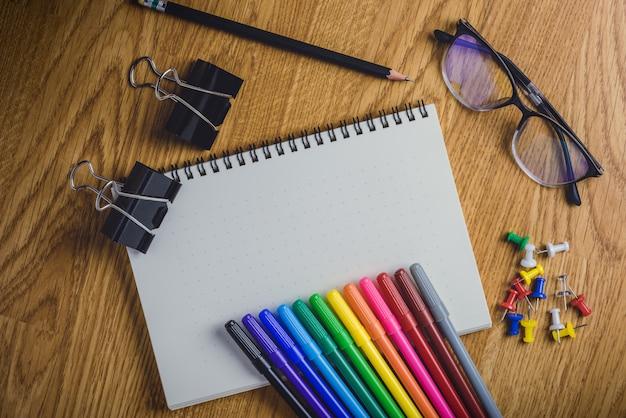 Forniture scolastiche e per ufficio