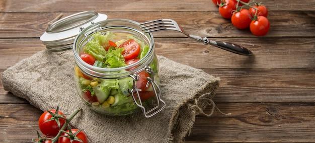 Foto di tavolo con verdure