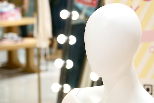 Fotografia del ritratto manichino femminile umano