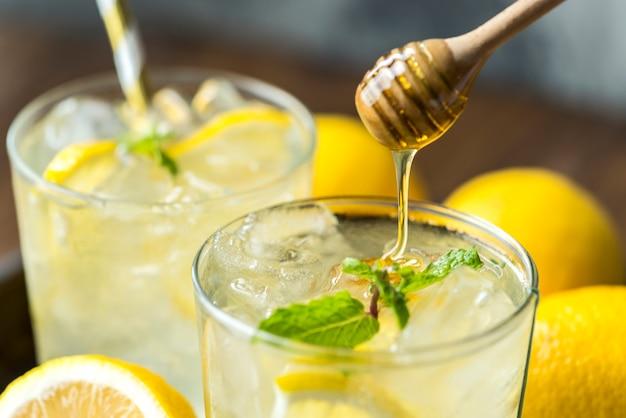 Fotografia della bevanda della soda del limone del miele