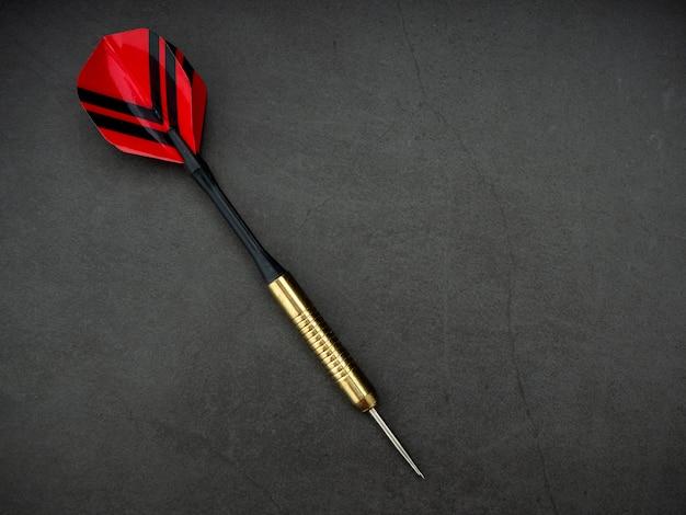 Freccetta freccia con bordo in granito nero
