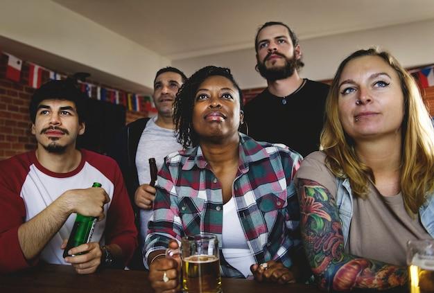 Frittura di tifo sport al bar insieme