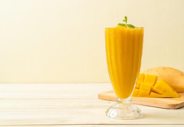 Frullati di mango freschi