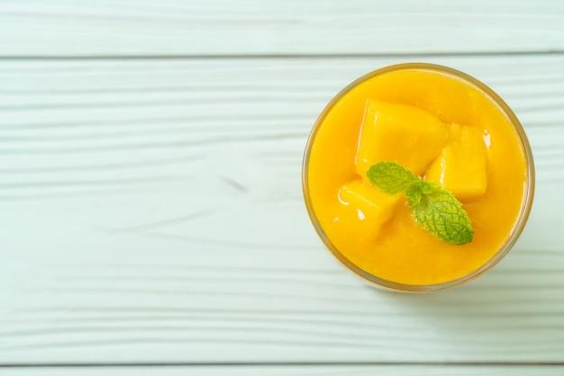 Frullati di mango fresco
