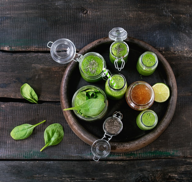 Frullato di spinaci verdi
