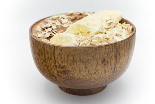 Frullato di yogurt con banana e burro di arachidi