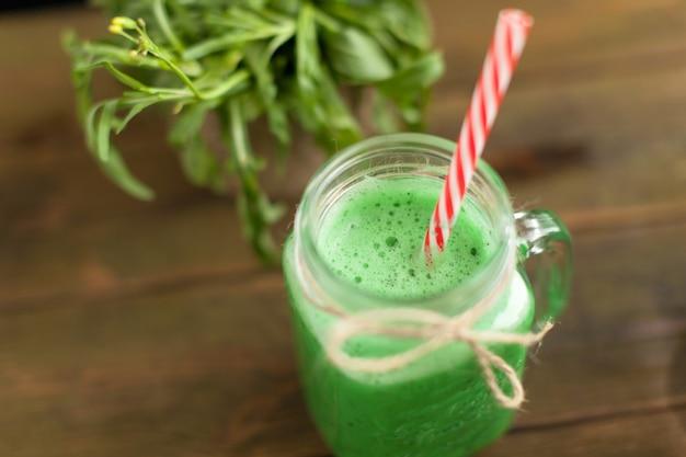 Frullato verde fresco