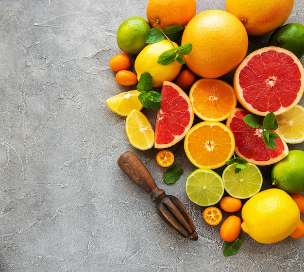 Frutta fresca di agrumi