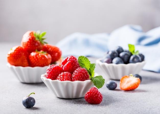Frutti di bosco freschi maturi