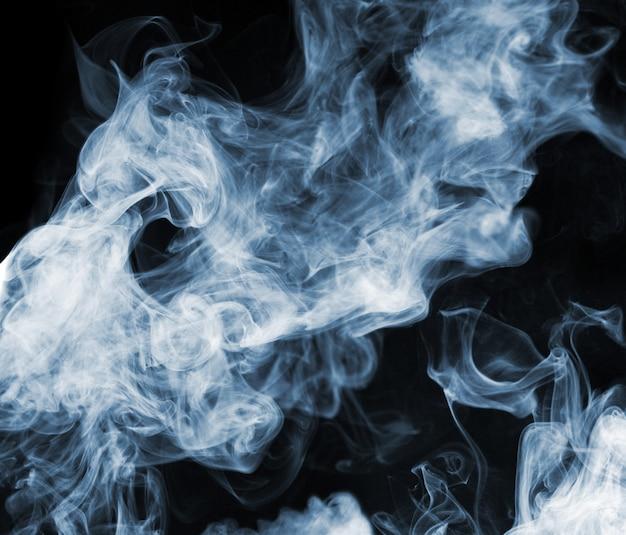 Fumo sullo sfondo