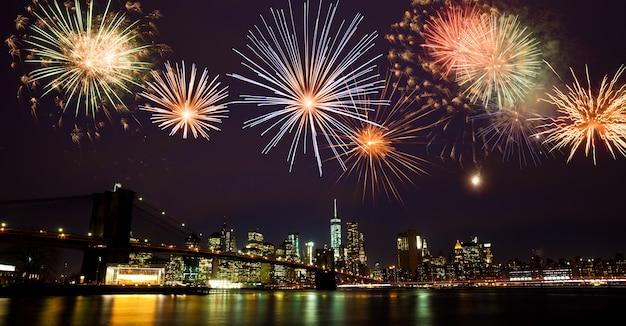 Fuochi d'artificio su new york