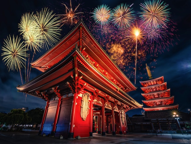 Fuochi d'artificio sul tempio sensoji durante la notte