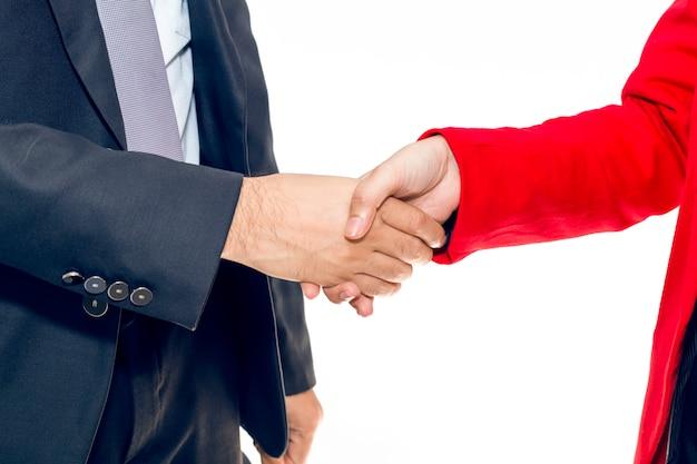 Fusione ed acquisizione. stretta di mano dell'uomo d'affari del responsabile con il personale della donna