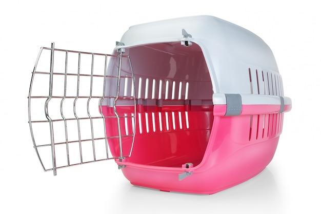 Gabbia per il trasporto di animali domestici. con la porta aperta.