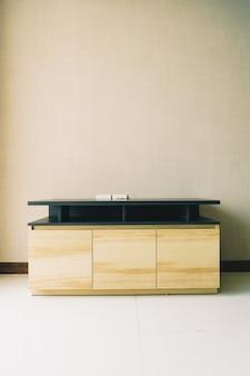 Gabinetto vuoto nell'interno della stanza
