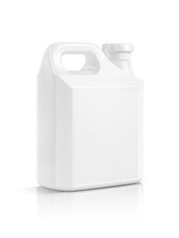 Gallone di plastica bianco d'imballaggio in bianco isolato