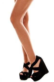 Gambe lunghe con tacchi alti neri