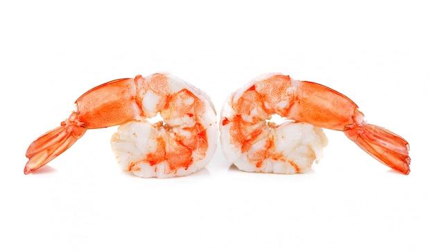Gamberetti. gamberi isolati su uno sfondo bianco. frutti di mare