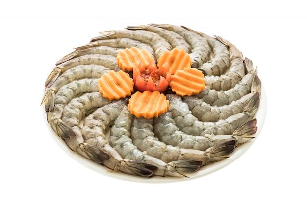 Gamberi crudi e gamberetti nel piatto