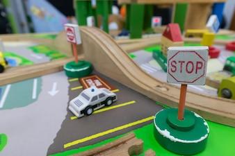 Gestione del traffico di giocattoli in legno per lo sviluppo del cervello Per i bambini