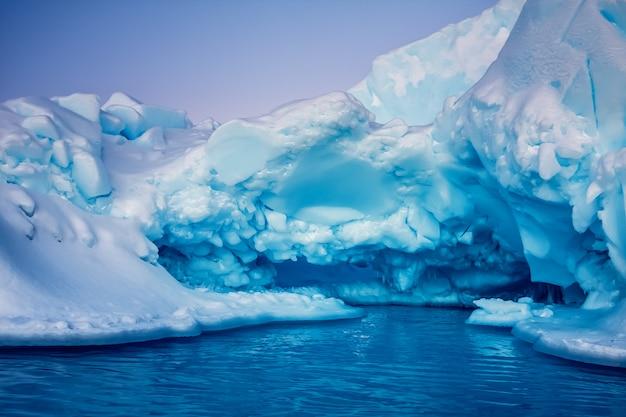 Ghiacciaio antartico