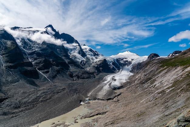 Ghiacciaio del grossglockner, alpi, austria
