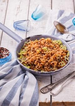 Ghiaccio con lenticchie e porri