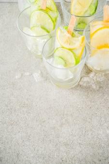 Ghiaccioli di gelato all'acqua infusi