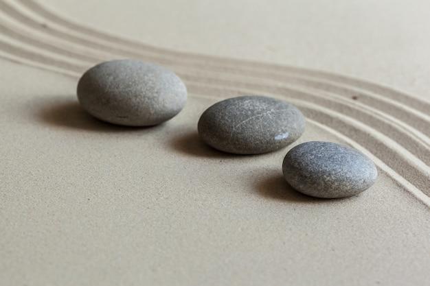 Giardino zen in pietra