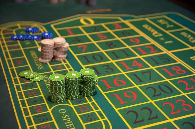 Gioco d'azzardo al casinò con gettoni