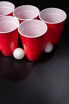 Gioco del beer pong