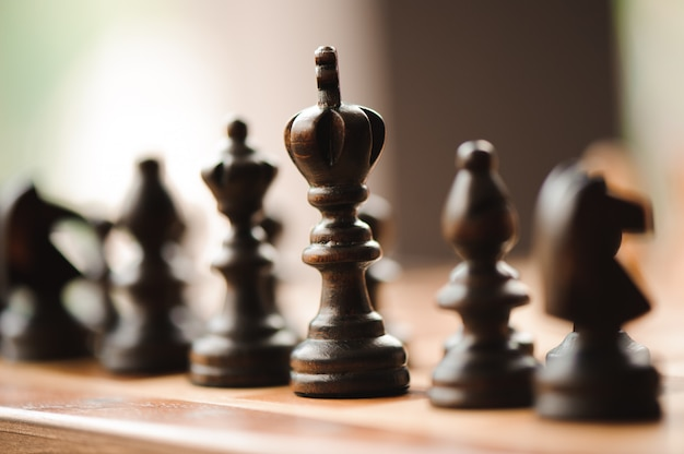 Gioco di scacchi, cavaliere, scacchi a bordo concetto di business