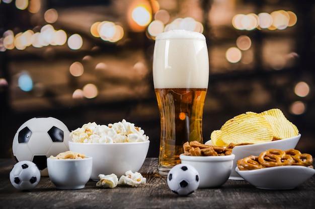Giornata internazionale della birra sullo sfondo